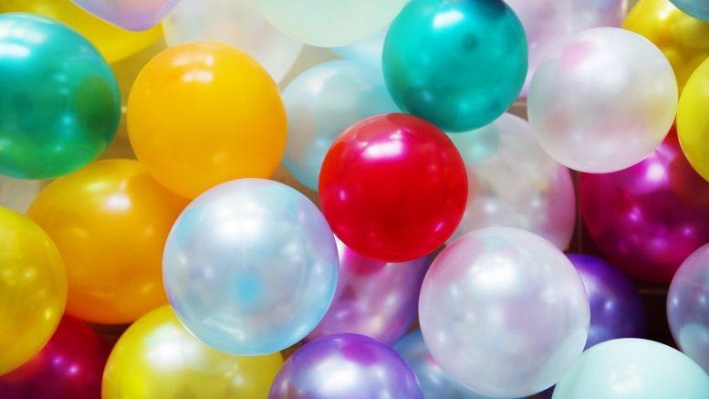 Ballons gonflables de toutes les couleurs