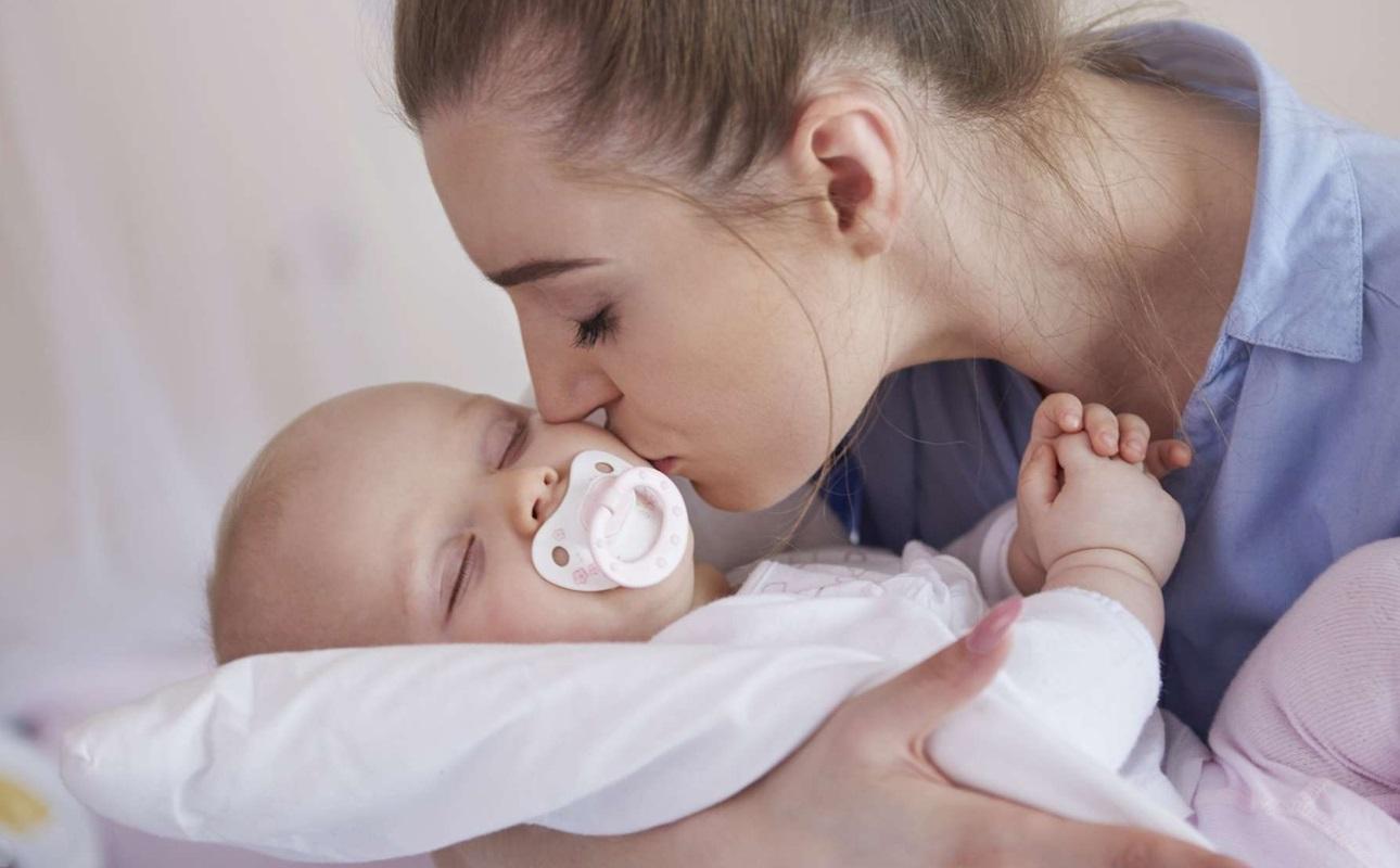 Bercer bébé maman